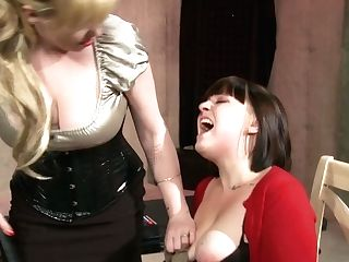 Princess Starla & Ava In The Science Project - Kink