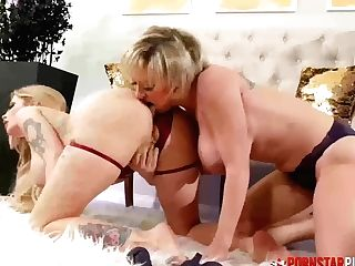 'pornstarplatinum Inked Huge-boobed Dee Williams Fucks G/g Cougar'