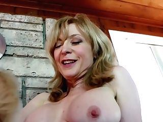 Sexymomma - Teenie Natasha Voya Gets Seduced By A Lusty Gilf